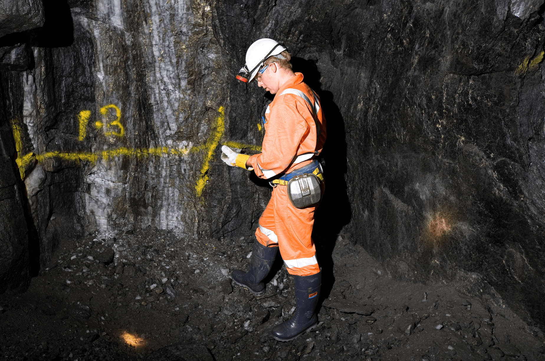 Picture of an underground driller